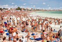 Mass tourism là gì