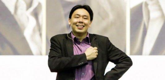 Adam Khoo là ai