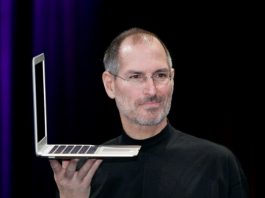 what is the middle name of steve jobs?